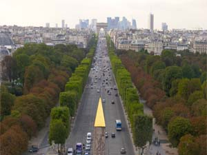 1. Champs-Elysées