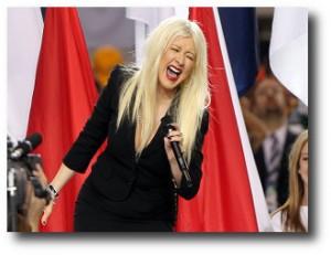 6. Christina Aguilera, Himno