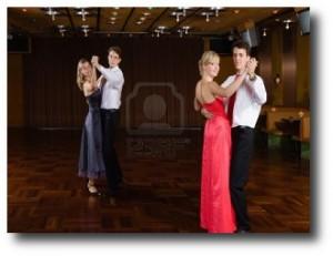 8. Baile de sal+¦n