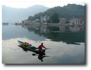 9.  Lago Dal