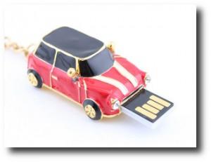 4. Memoria USB Mini Cooper