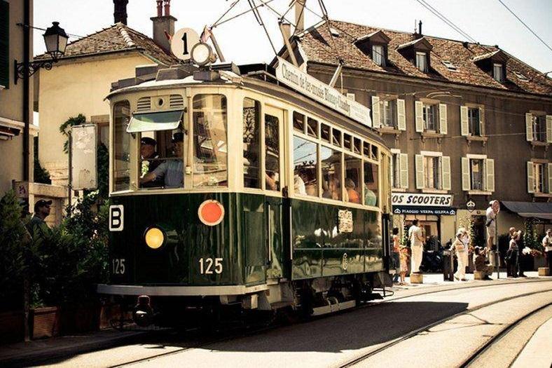 tranvía vintage en Ginebra