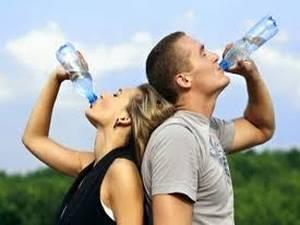 Las 10 mejores maneras de calmar el dolor de garganta