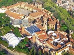 8. Pueblo espa+¦ol de Barcelona