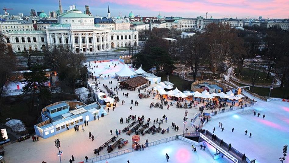 frente al ayuntamiento de Viena