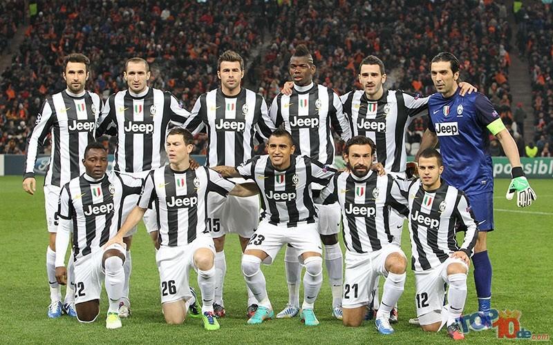 Juventus_FC_2012-2013_players_(Shakthar_Donetsk_-_Juventus)