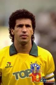 Los 10 jugadores de Brasil con más goles en un partido